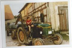 Traktor mit Fass