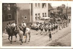 Umzug zur Fahnenweihe 1953