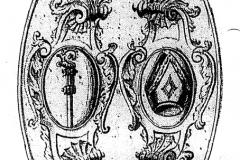 Ursprünglich an der Binzwanger Kirche angebrachte bischöfliche Insignien (Stab und Hut)