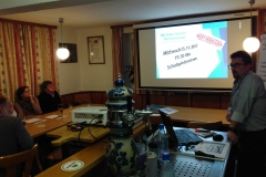 Erhard Käser berichtet über die Arbeit der Dorfwerkstatt